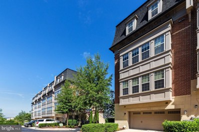 512 Overlook Park Drive UNIT 33, Oxon Hill, MD 20745 - #: MDPG541480