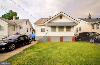 3711 40TH Avenue, Brentwood, MD 20722 - #: MDPG576070