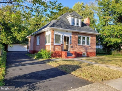 15 W Charleston Avenue, Lawnside, NJ 08045 - #: NJCD369570