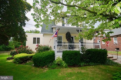 24 W Maple Avenue, Lindenwold, NJ 08021 - #: NJCD374068