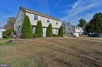 15 Sleepy Hollow Road, Stratford, NJ 08084 - #: NJCD381448