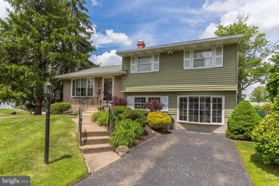 301 Hillcrest Avenue, Blackwood, NJ 08012 - #: NJCD393636