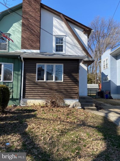 27 E Clinton Avenue, Oaklyn, NJ 08107 - #: NJCD399980