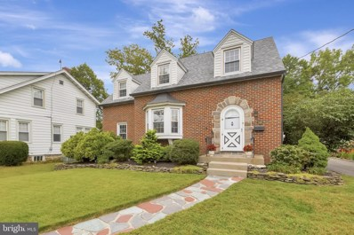346 W Graisbury Avenue, Audubon, NJ 08106 - #: NJCD402532