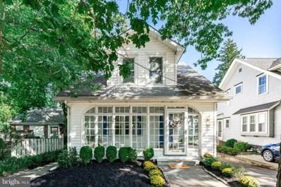 207 E Cottage Avenue, Haddonfield, NJ 08033 - #: NJCD403326