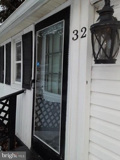 32 S Clementon Avenue, Clementon, NJ 08021 - #: NJCD413612