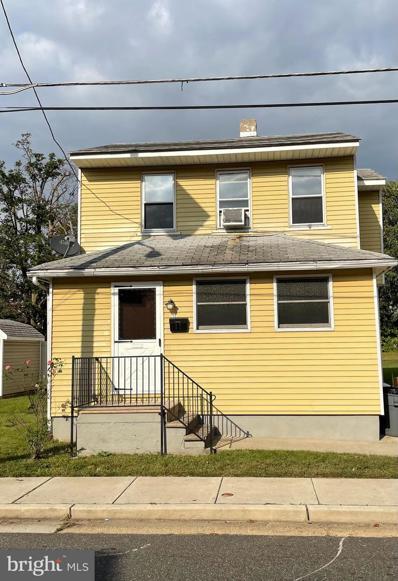 17 Woodbine Avenue, Westville, NJ 08093 - #: NJGL2000231