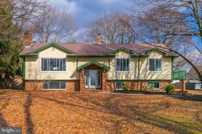 10 E Tomlin Station Road, Mickleton, NJ 08056 - #: NJGL213522