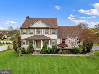 15 Lake Narraticon Drive, Woolwich Twp, NJ 08085 - #: NJGL273328