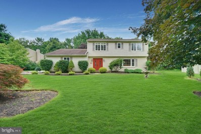 17 Wayne Way, Hightstown, NJ 08520 - #: NJME282482
