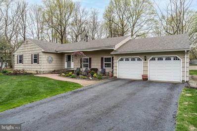 184 Oak Creek Road, Hightstown, NJ 08520 - #: NJME310936