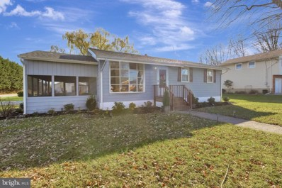 42 University Drive, Pennsville, NJ 08070 - #: NJSA138956