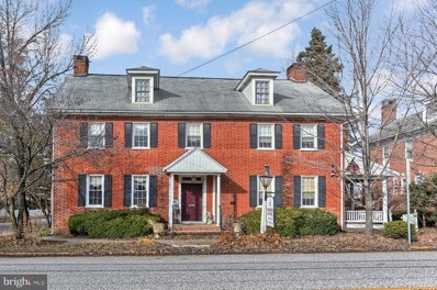 10 Lincoln Way W, New Oxford, PA 17350 - #: PAAD101510