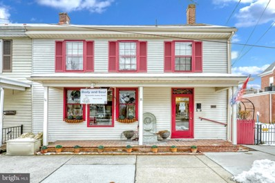 11 Lincoln Way E, New Oxford, PA 17350 - #: PAAD106002