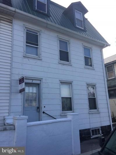 7 Hanover Street, Gettysburg, PA 17325 - #: PAAD109156