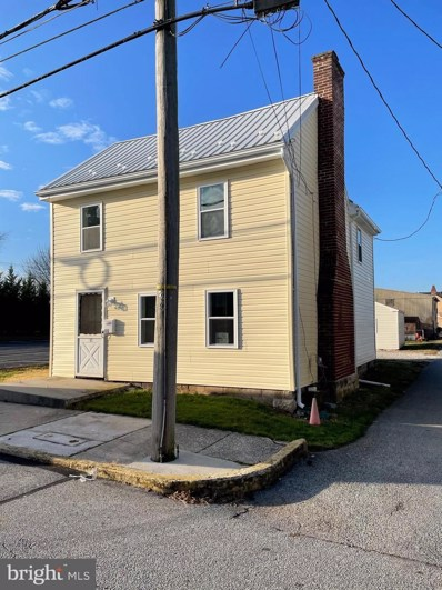 11 S Peters Street, New Oxford, PA 17350 - #: PAAD114320