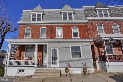105 S Walnut Street, Boyertown, PA 19512 - MLS#: PABK353886