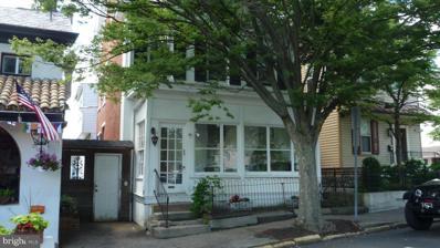 49 W Court Street, Doylestown, PA 18901 - #: PABU2001554
