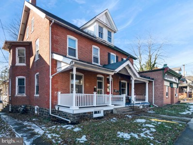 414 W Walnut Street, Perkasie, PA 18944 - #: PABU400324