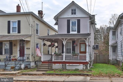 706 W Broad Street, Quakertown, PA 18951 - #: PABU483822