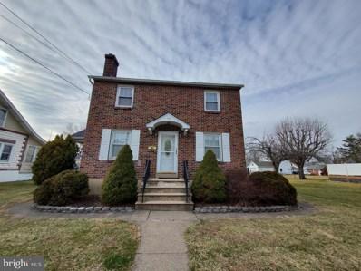 40 S 7TH Street, Quakertown, PA 18951 - MLS#: PABU490370