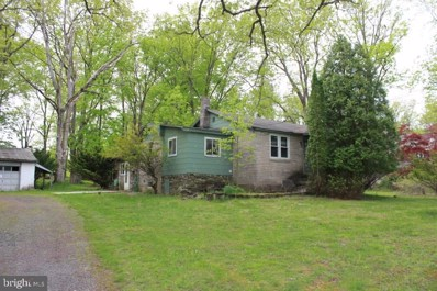 925 Three Mile Run Road, Sellersville, PA 18960 - #: PABU496748