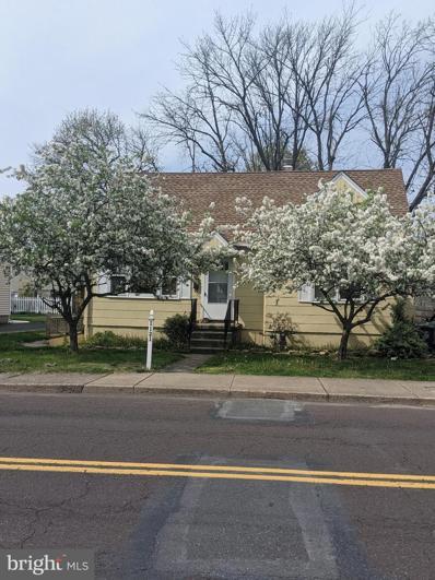 1121 W Mill Street, Quakertown, PA 18951 - #: PABU527078