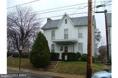 324 Fort Street, Shippensburg, PA 17257 - #: PACB109584