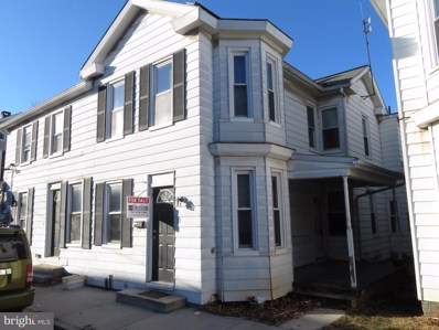 32 W Locust Street, Mechanicsburg, PA 17055 - #: PACB120040