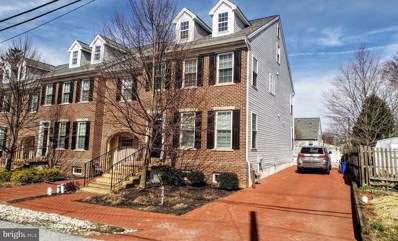 421 Wollerton Street, West Chester, PA 19382 - MLS#: PACT285320
