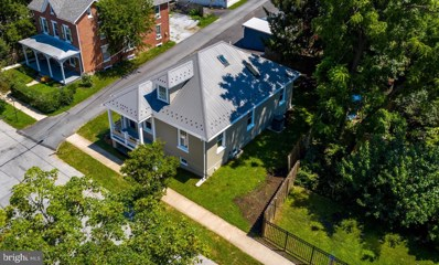 212 Linden Street, West Chester, PA 19382 - #: PACT485292