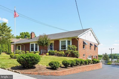 610 W Linden Street, Kennett Square, PA 19348 - MLS#: PACT510602