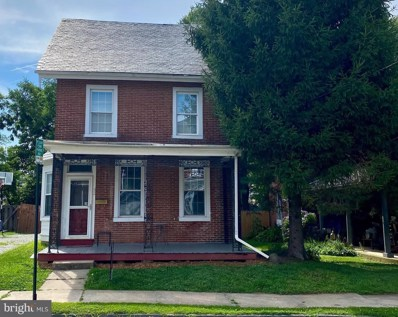 32 S 4TH Street, Oxford, PA 19363 - #: PACT528968