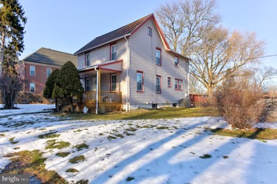 401 Chatham Street, Avondale, PA 19311 - #: PACT529922