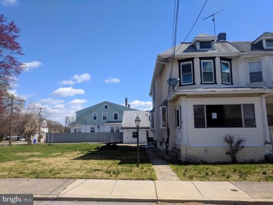 43 Maple Terrace, Clifton Heights, PA 19018 - #: PADE487940