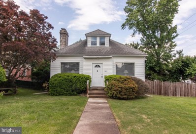 301 Maple Avenue, Drexel Hill, PA 19026 - #: PADE491620
