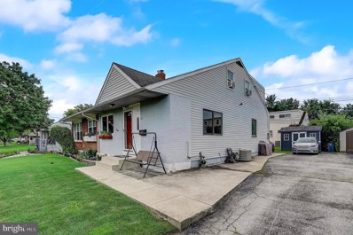 424 E Winona Avenue, Norwood, PA 19074 - #: PADE497590