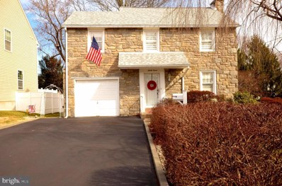 37 W Woodland Avenue, Springfield, PA 19064 - #: PADE508572
