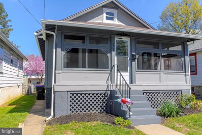 502 W Laughead Avenue, Linwood, PA 19061 - #: PADE517504