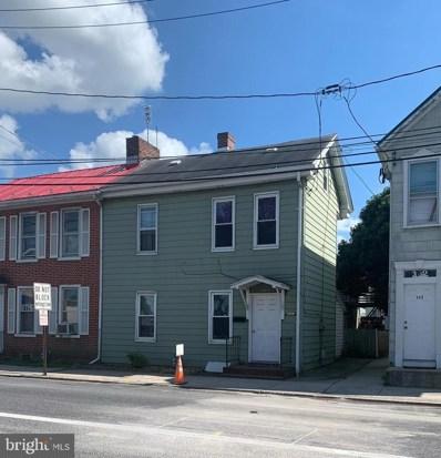 394 E Queen Street, Chambersburg, PA 17201 - #: PAFL167182