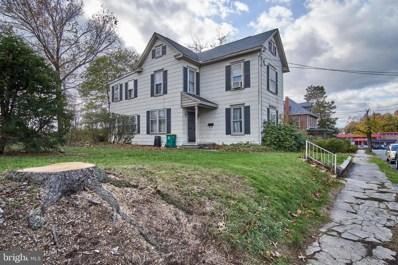 434 W Queen Street, Chambersburg, PA 17201 - #: PAFL169646