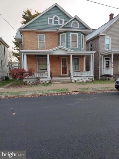 558 Nelson Street, Chambersburg, PA 17201 - #: PAFL169754