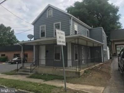 752 S Main Street, Chambersburg, PA 17201 - #: PAFL174540