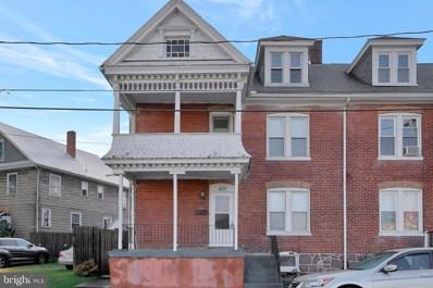 432 Wolf Avenue, Chambersburg, PA 17201 - #: PAFL175496