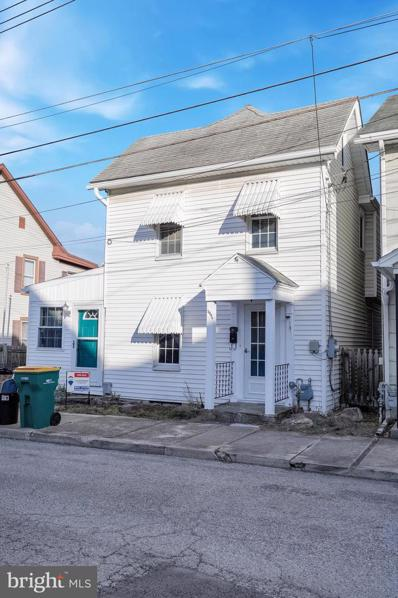 209 1\/2-  Park Street, Waynesboro, PA 17268 - #: PAFL176914