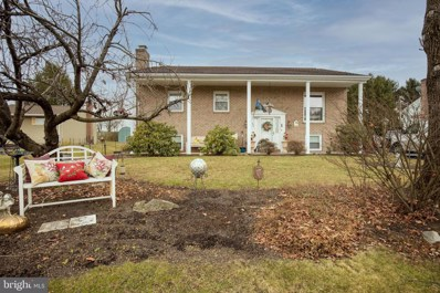 954 E Brandon Drive, Chambersburg, PA 17201 - #: PAFL177334