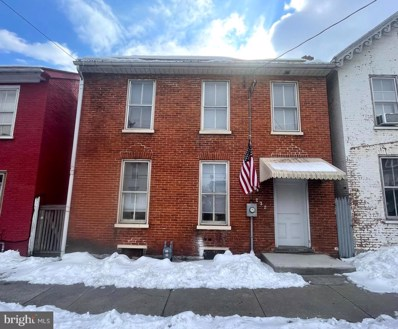 232 W Lincoln Way, Chambersburg, PA 17201 - #: PAFL2000018