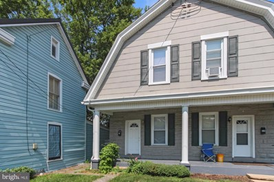 230 Ringgold Street, Waynesboro, PA 17268 - #: PAFL2001056