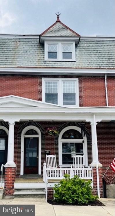 220 W Franklin Street, Ephrata, PA 17522 - #: PALA181928