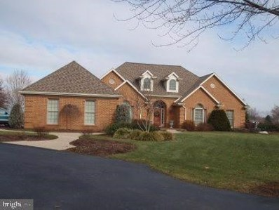 104 Greenview Lane, Lebanon, PA 17042 - #: PALN108264